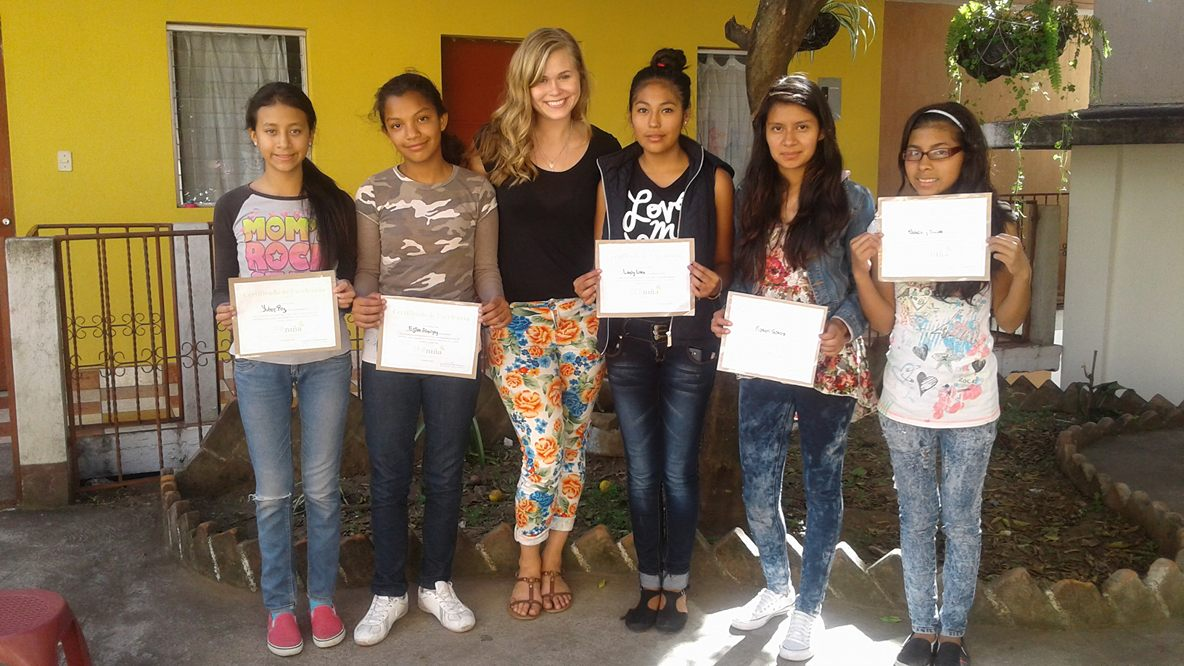 Alumni Horizon Award recipient helps young Guatemalan women imagine a better future