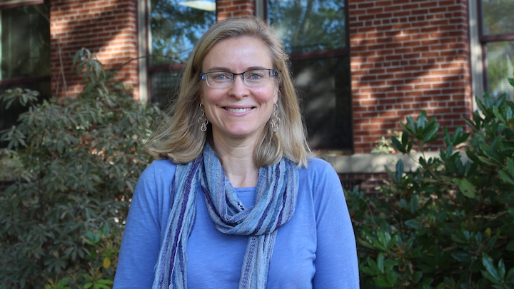 U of A alumna adds math education award to her achievements